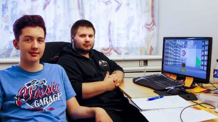 """Elias och Mattias under sommaren 2015, då utvecklingen av """"Bouncy the Balloon"""" påbörjades."""